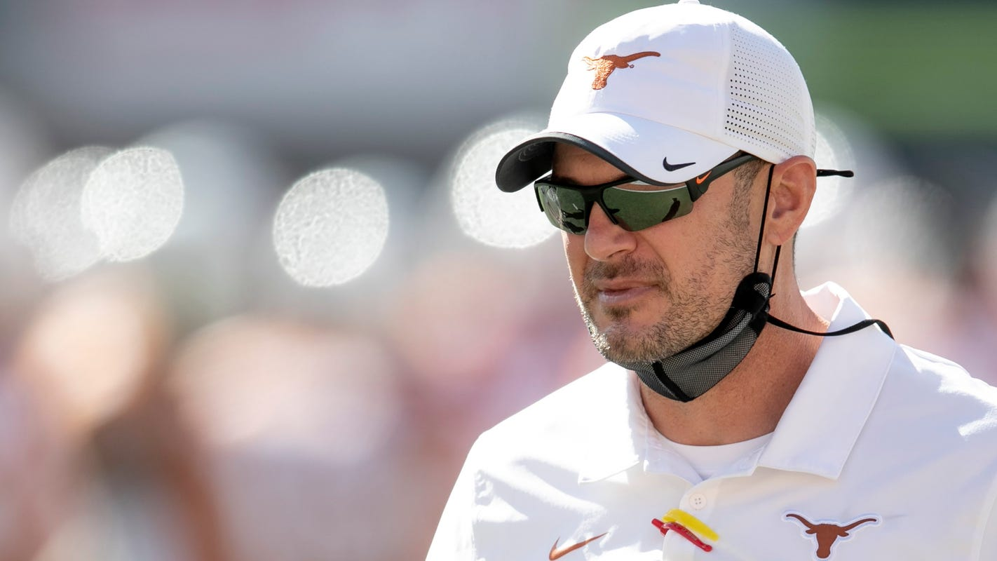 Texas AD says Tom Herman will remain Longhorns football coach