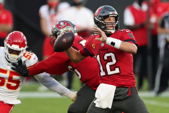 Tampa Bay Buccaneers quarterback Tom Brady is trying to right the team's ship after its lost three of its past four games.