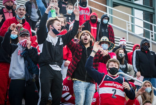 Fans cheer during Ball State football's game against Western Michigan at Scheumann Stadium on Dec. 12, 2020.
