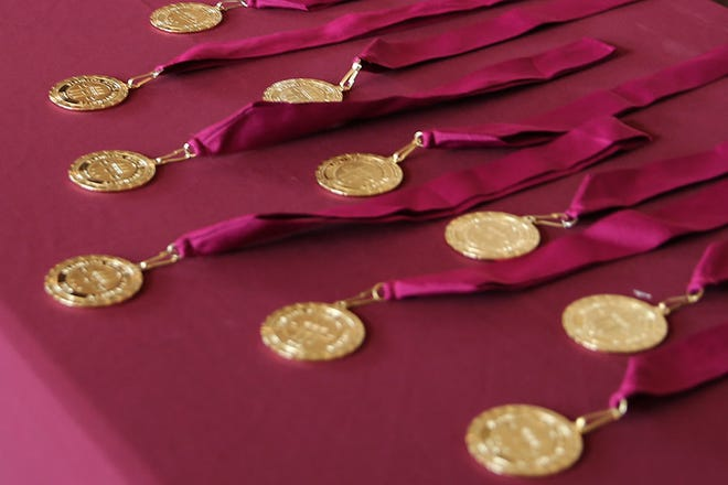 Florida State University awarded 77 Honors Medallions to high-achieving seniors