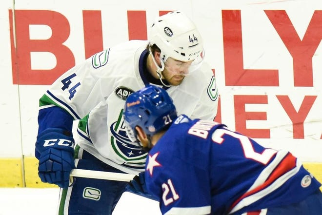 Tyler Graovac saw limited action with the Utica Comets during the shortened 2019-20 season. He has re-signed with the Vancouver Canucks for the upcoming season.