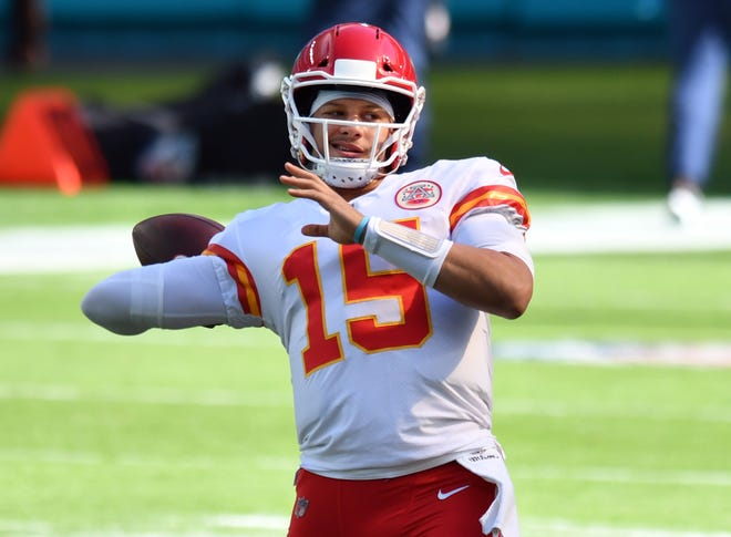 Kansas City Chiefs quarterback Patrick Mahomes (15) warms-up before the game against the Miami Dolphins at Hard Rock Stadium in Miami Gardens, December 6, 2020.