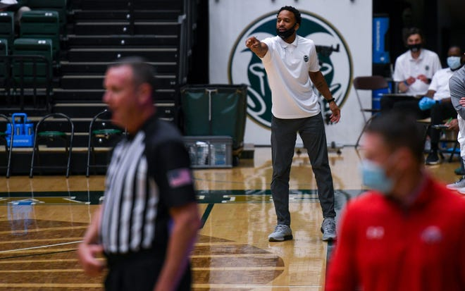Colorado State basketball assistant coach JR Blount is going to join the Iowa State coaching staff.