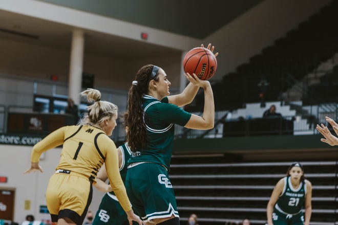 UWGB freshman guard Cassie Schiltz had 9 points in a loss to UW-Milwaukee on Sunday.