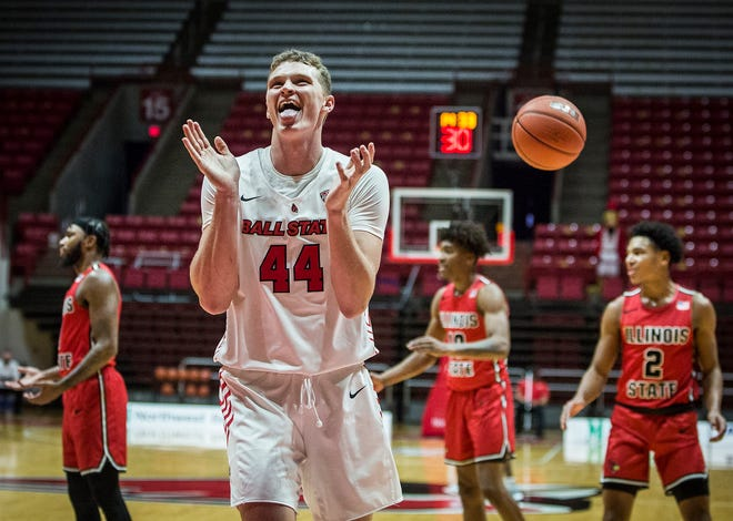 Ball State's Blake Huggins celebrates a point against Illinois State during their game at Worthen Arena Saturday, Dec. 12, 2020.