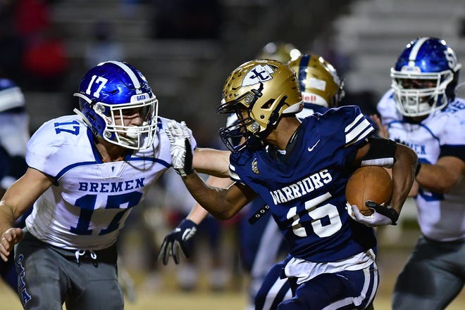 Aquavious Hunter rushed for 171 yards on 27 carries and scored two touchdowns Friday.
