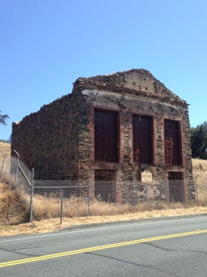 Remains of the old Butte Store, between Jackson and Mokelumne City.
