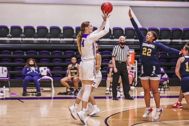 Tarleton's Callie Boyles recorded the second double-double(12 points, 11 rebounds) of her season and career and alsoset a career-high in blocks with six.