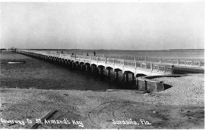 The John Ringling Causeway shortly after completion. (Courtesy photo / Jeff LHurd)