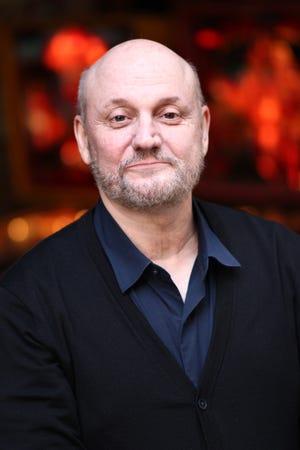 El director de The Weasels 'Tale' Juan José Campanella