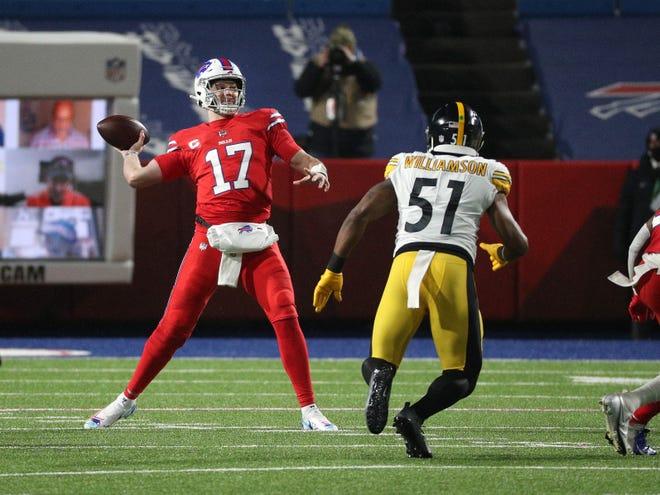 Bills Josh Allen looks deep against the Steelers.