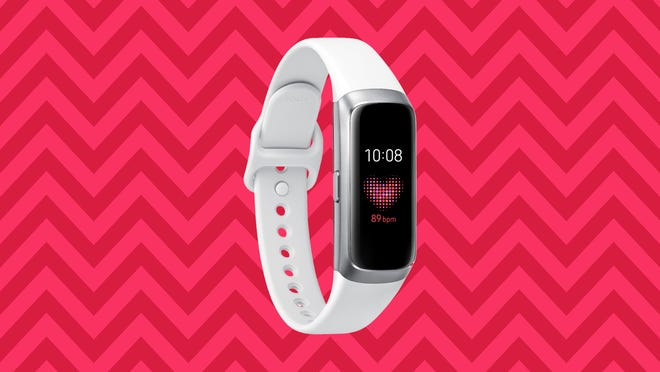 Keeping up with your health and fitness goals is about to get a lot easier, thanks to the Samsung Galaxy Fit tracker.
