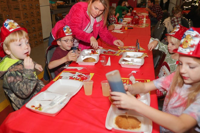 Breakfast with Santa is a fun event for kids and parents alike.