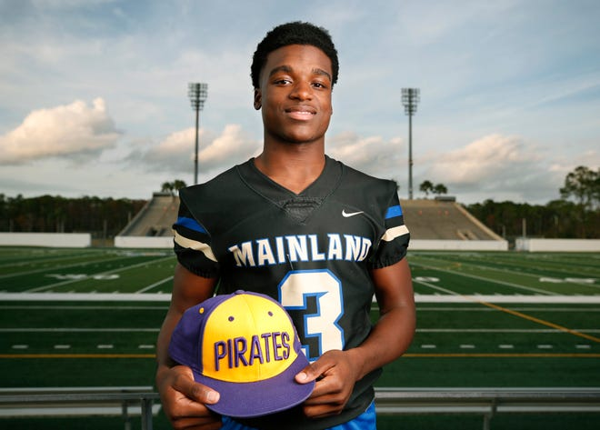 East Carolina signee TJ Lockley totaled 1,856 scrimmage yards and 18 touchdowns in his senior year for regional finalist Mainland.