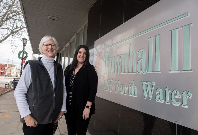 Townhall II Chief Executive Officer Sue Whitehurst, left, will retire in January at which point Tamera Hunter will take the reins at the organization.