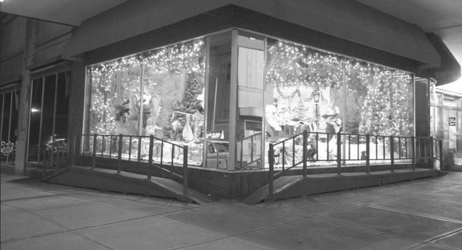 For several years, a holiday tradition for many central Ohioans included a visit to the Christmas-themed window display at the F. & R. Lazarus & Co. on the corner of South High and West Town streets in downtown Columbus. The scenes changed every year, and a ramp allowed children to get a close look at the moving parts, such as a 16-piece orchestra with a conductor or forest animals dancing around a tree. The store also had visits with Santa Claus on the sixth floor. The downtown Lazarus store closed in 2004.