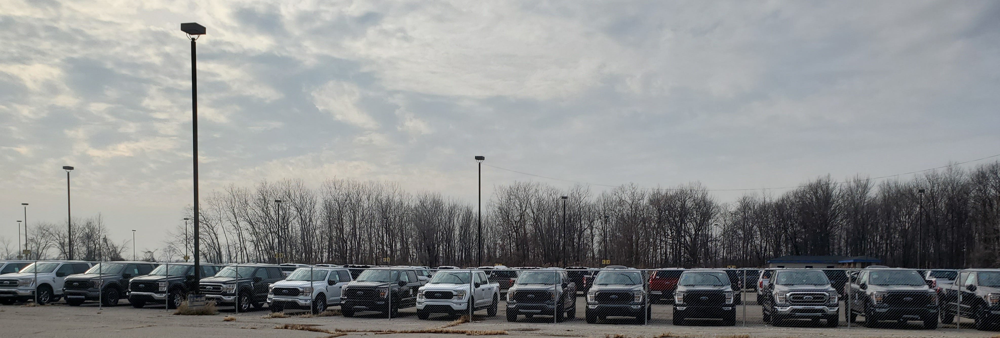 Ford stockpiling thousands of new F-150 pickups near Detroit airport