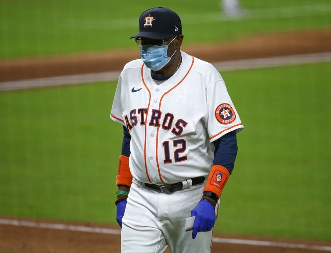 Houston Astros manager Dusty Baker,  perhaps the most vigilant figure in Major League Baseball about wearing masks this past season, said Thursday he decided to get the vaccination.
