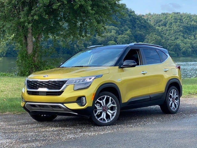 The Kia Seltos' power is routed through a 7-speed automatic and down to the pavement through the all-wheel drive. It's planted with a lot of pep and predictability.