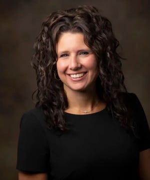 Dr. Courtney Carpenter