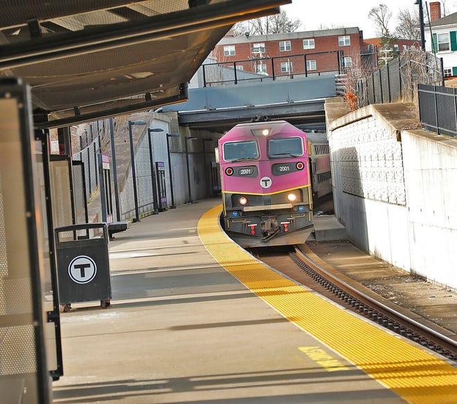 The East Braintree/Weymouth Landing stop of the MBTA Greenbush commuter rail line on Wednesday December 16, 2020 Greg Derr/The Patriot Ledger