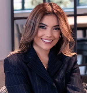 Diana Gutierrez is joining WISN-TV (Channel 12), on the station's early morning newscast and co-anchoring the 11 a.m. newscast.