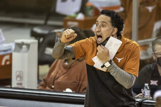 Texas head coach Shaka Smart call out plays to his team during Wednesday's win over Sam Houston State. He'll lead the Longhorns into Big 12 play against Oklahoma State on Sunday.