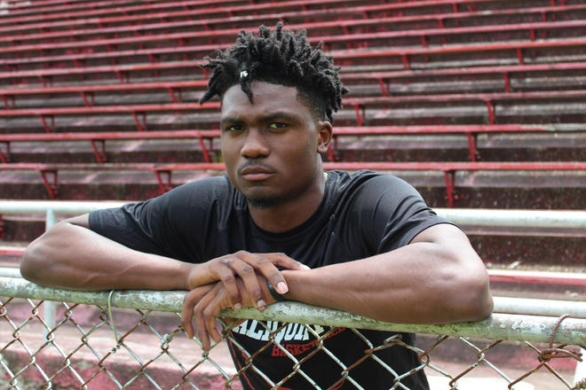 Former Aliquippa star Marlin Devonshire, Jr., who was a four-star recruit, is transferring from Kentucky. Devonshire was the Times' 2019 Boys Athlete of the Year.