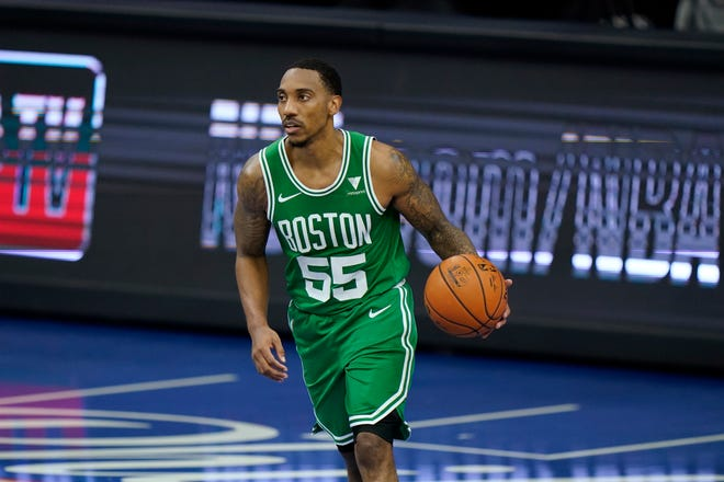 Boston Celtics' Jeff Teague plays during Tuesday's preseason game against the Philadelphia 76ers in Philadelphia.