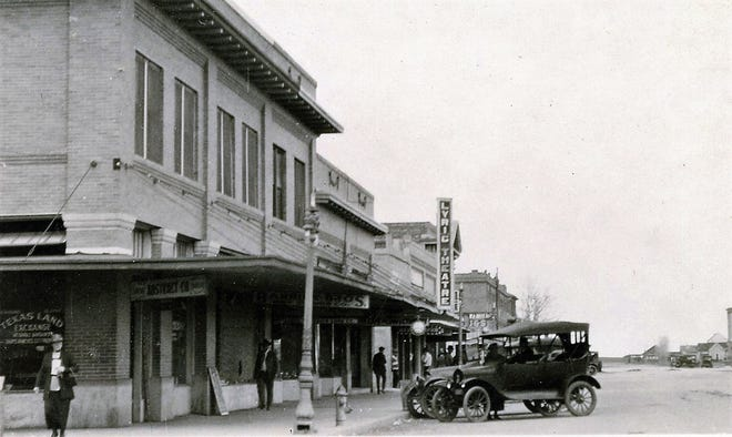 First location of the Lyric Theatre, west side of Lubbock square, circa 1915.