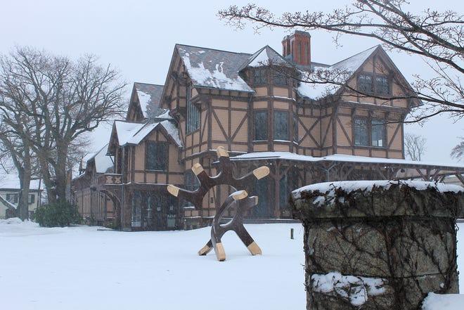 Snow falls at the Newport Art Museum on Bellevue Avenue.