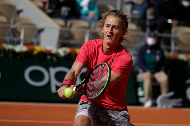 Bradenton's Sebastian Korda became the youngest American male since Michael Chang in 1991 to reach the fourth round of the 2020 French Open in Paris.