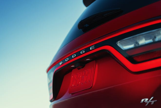 The Dodge Durango SRT Hellcat has a 6.2-liter Hemi Hellcat V-8 engine paired with an eight-speed automatic transmission.