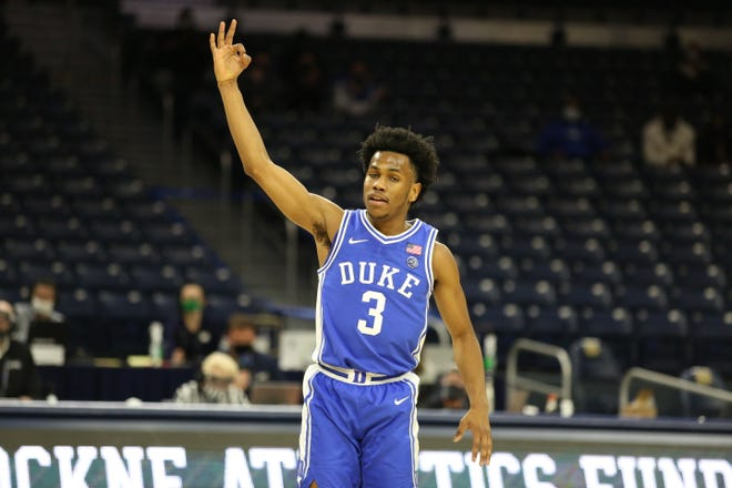 Duke freshman Jeremy Roach hits a 3-point shot during the first half against Notre Dame.
