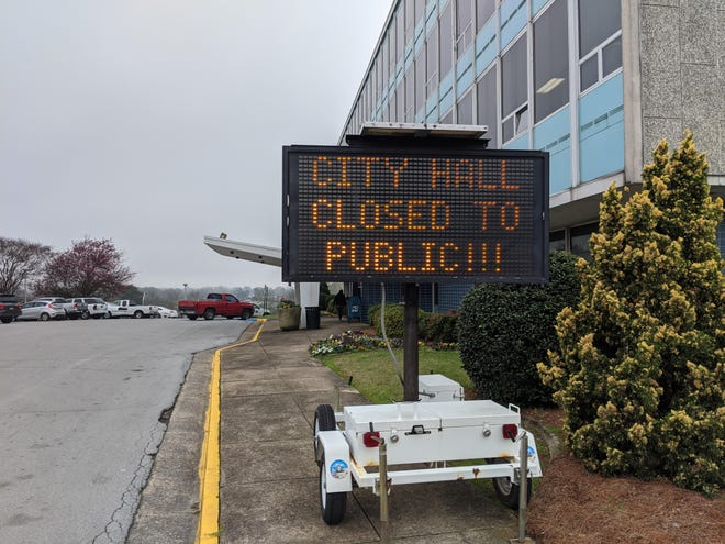 The City of Gadsden has again closed City Hall to the public, effective Thursday, over COVID-19 concerns.