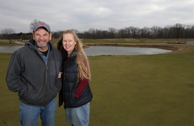 Bryan and Tamie Wallake bought Westchester Golf Course from developer Charlie Ruma for $1.7 million in a deal completed Nov. 30. The Wallakes own a home near the course's 16th green.