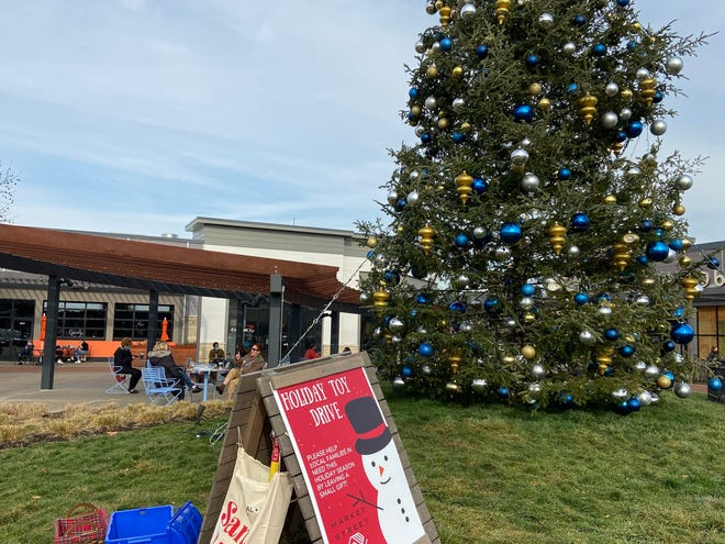 The Boys and Girls Clubs of Stoneham and Wakefield is collecting monetary donations for toys, clothes and care at http://StonehamWakefieldSanta.com. If people do want to donate recently purchased items they can drop them off at Market Street Lynnfield in a series of bins by their giant Christmas tree.