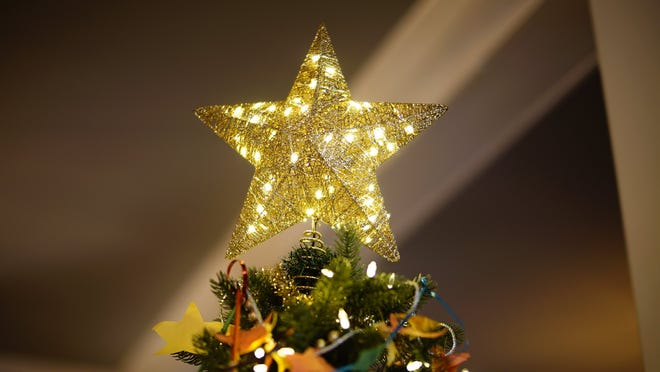 The star on Girl Scout Troop 02498's Christmas tree.