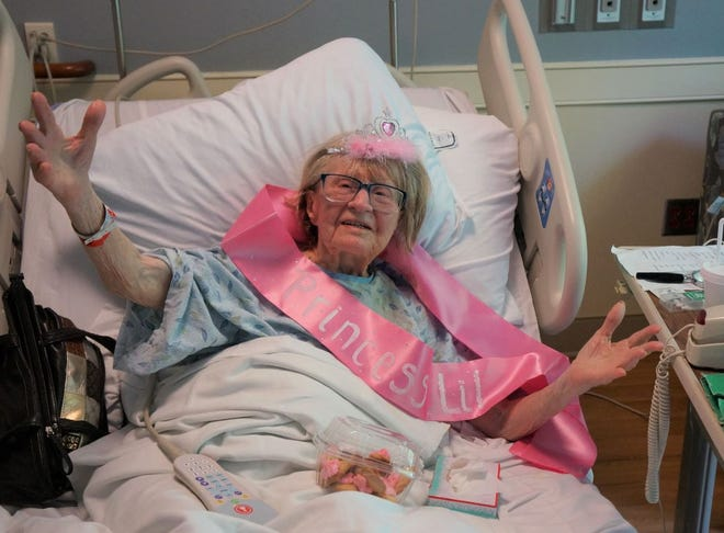 """When Hospice of Cincinnati patient Lillian Hartman declared herself """"Miss Hospice,"""" the staff surprised her with a tiara, sash and decorations fit for a queen."""