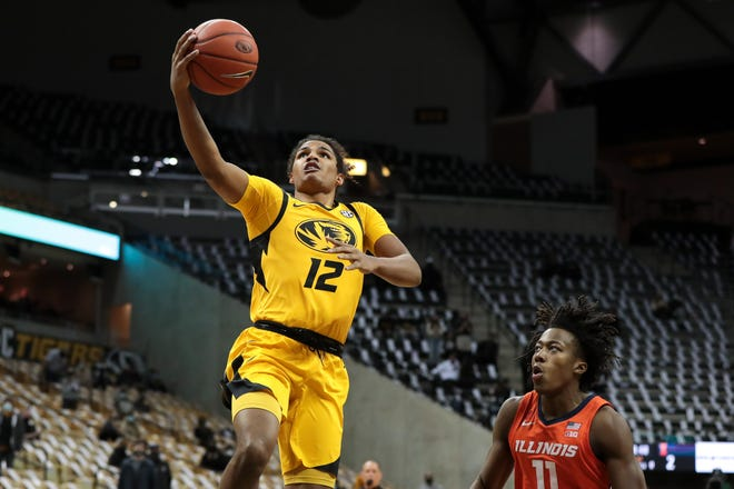 Smith, who earned all-SEC honors, gains berth with Heat summer league team