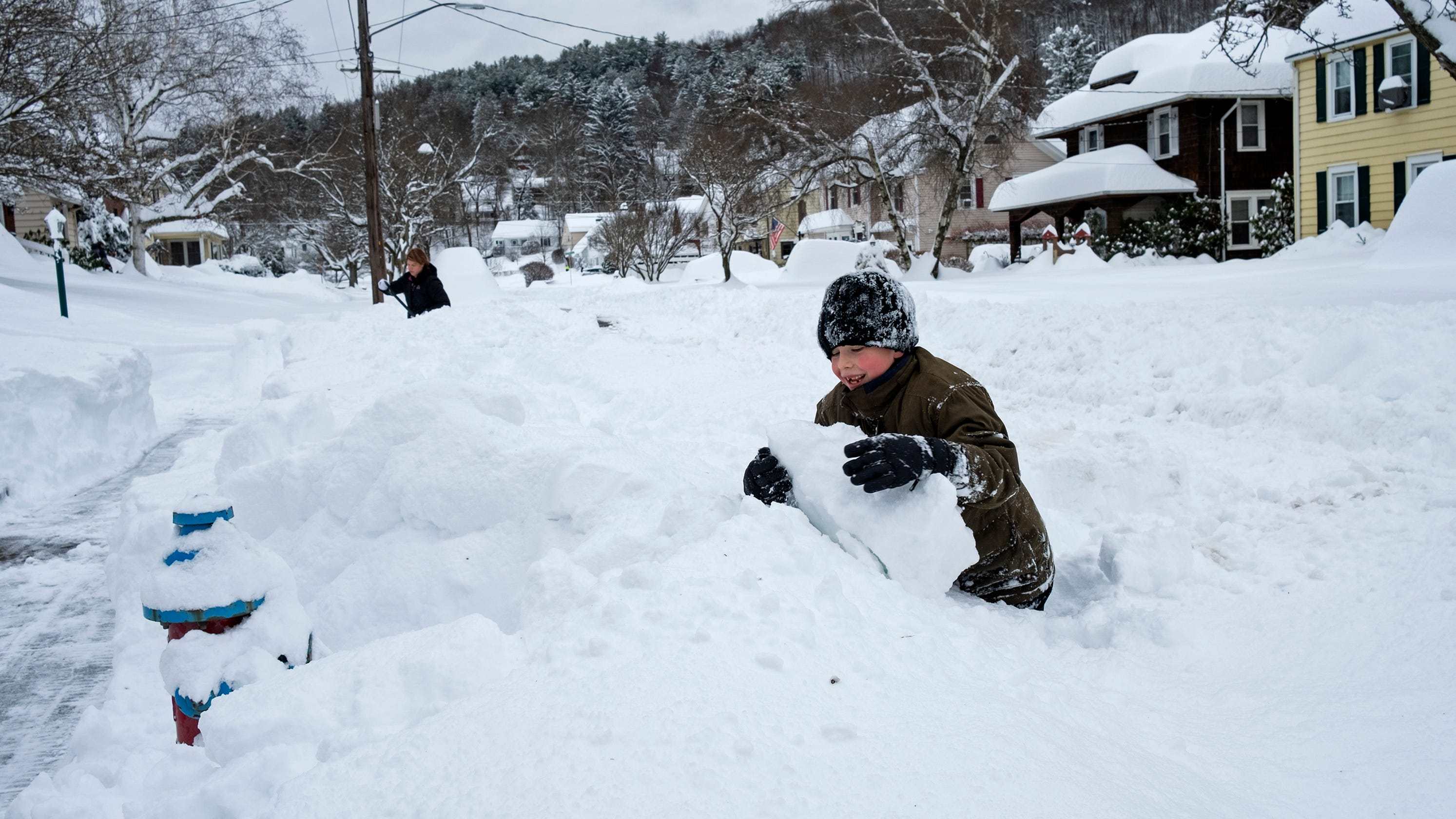 Even virtual schoolchildren need the lessons of snow days