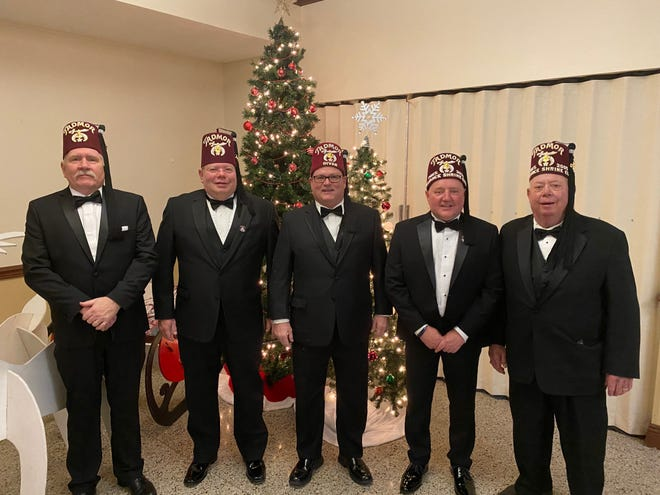 Alliance Shrine nobles elected to office for 2021 are Bob Butcher, sergeant at arms; Scott Augustein, second vice president; Brian Whitlatch, first vice president; Ken Flowers, president; and Dale Dillon, secretary/treasurer.  Missing is Dave Gomes, chaplain.