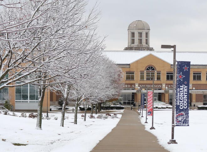 Robert Morris University in Moon Township received a $3 million gift from Netflix founder Reed Hastings to sponsors 20 full scholarships at the school.