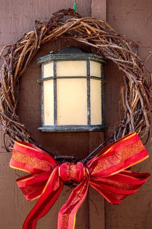 The Darwinian Gardener's Christmas wreath is also a great way to dispose of weeds.