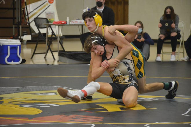 Avery Dutcher (Newton) defeated Seth Robben (Salina South) 9-0 on Jan. 17 to give Newton a 34-0 lead in a dual at Newton High School. The Railers went on to win 66-9.