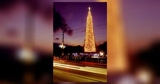 The National Enquirer Christmas tree on Dec. 16, 1988, in Lantana. At one point, the tree was adorned with up to 300,000 lights.