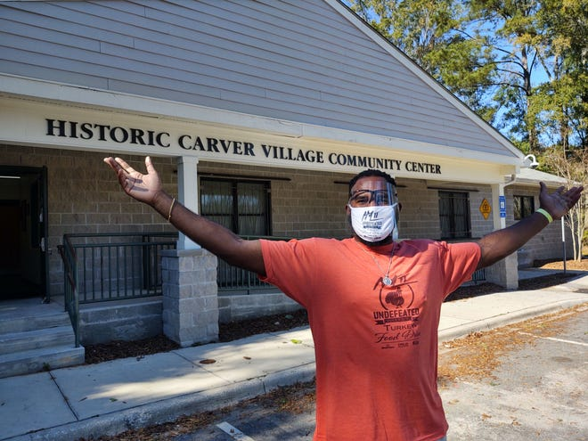 Savannah native Anthony Lanier at the HIstoric Carver Village Community Center, where he and his foundation organized a food giveaway on Nov. 21, 2020.