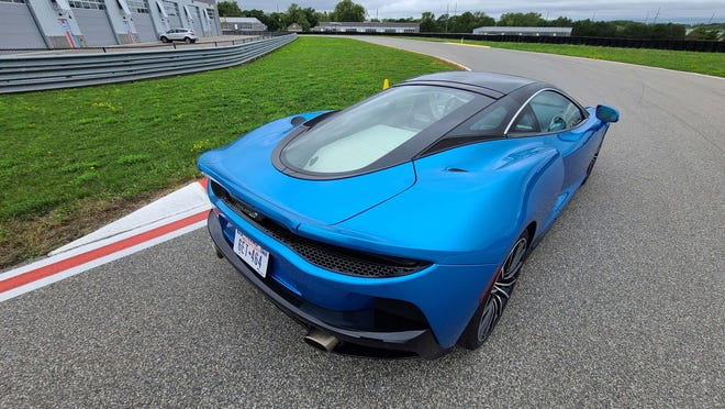 The rear of the 2020 McLaren GT lacks the more insectoid look of the ferocious 720 McLaren. The GT aims for amore conservative appearance to appeal to a less track-focused driver.