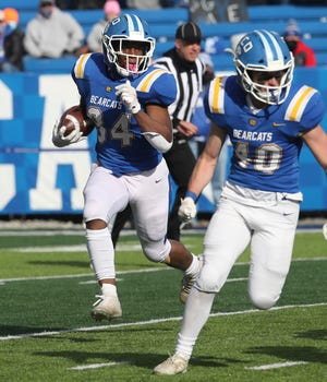 KCD's EJ Dickerson looks for some open field as he runs the ball against Paintsville.  Paintsville defeated Kentucky Country Day 38-7 to win the KHSAA 1A football championship on Friday, December 18, 2020.