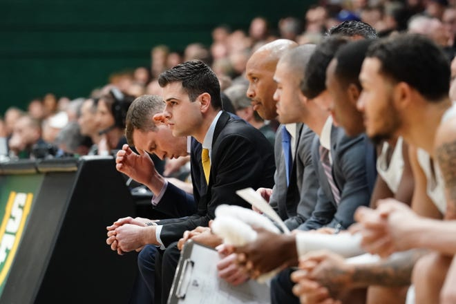 1/12/19: USF MBB vs Gonzaga at War Memorial Gym in San Francisco, CA.  Image by Chris M. Leung for USF Dons Athletics
